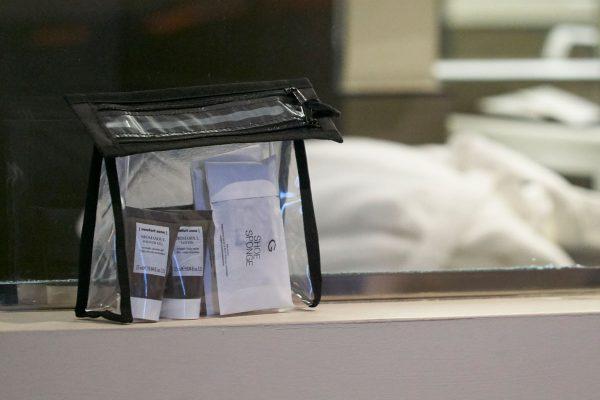 Pubblieffe-hotel-e-spa-43-trousse-pvc